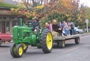Halloween hayride in Eastsound, sponsored by Orcas Island Chamber of Commerce