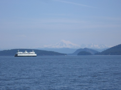 Mt. Baker in the background welcomes all ferry commuters